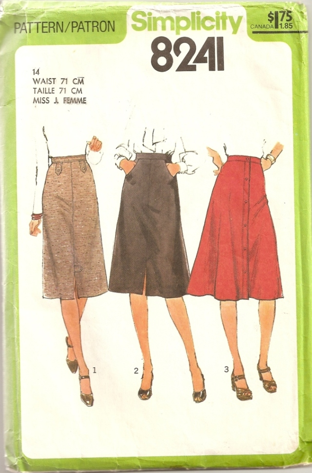 Simplicity 8241 front